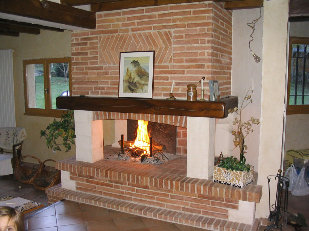 Comment bien rénover sa cheminée en hiver ?