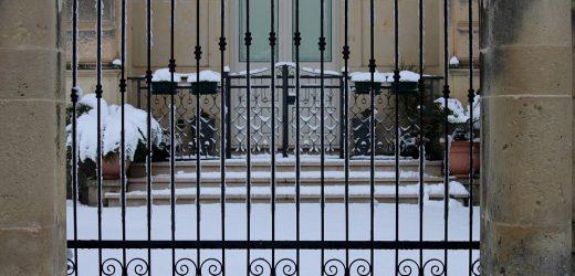 Un portail design pour votre maison : embellissez votre foyer !