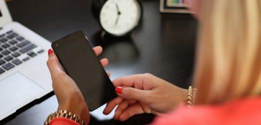 Comment ajouter un forfait free mobile ?