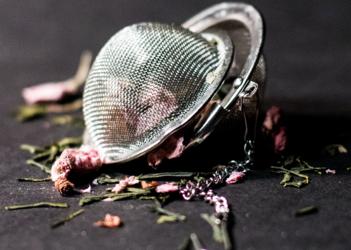 Comment nettoyer le filtre d'une théière?